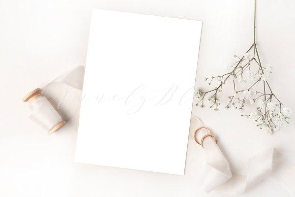 Download Elegant styled white mockup